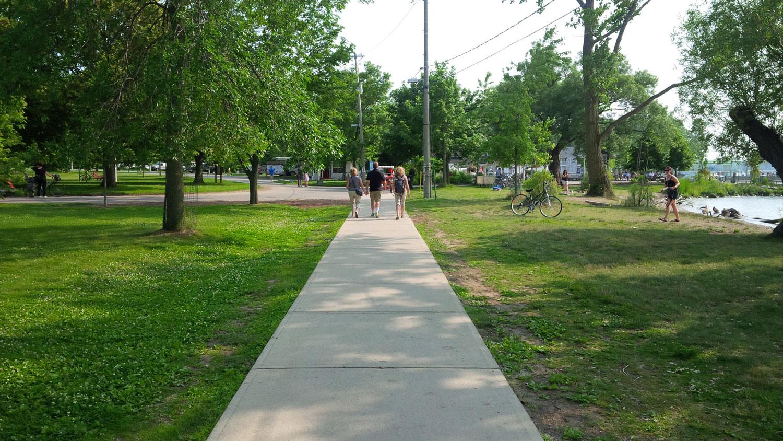 Toronto Island Paths