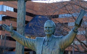 Statue of Billy Graham