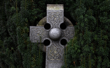 Celtic Cross by Adrian Moran unsplash