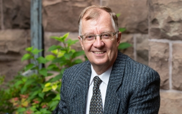 Professor Glen Taylor