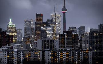 Toronto skyline courtesy Zia Syed Unsplash.com